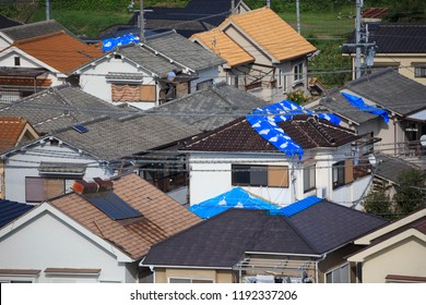 Tarp On Roof Images Stock Photos Amp Vectors Shutterstock