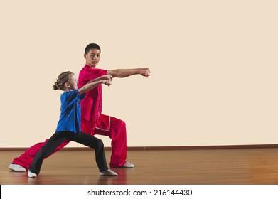 Kung Fu, Changquan, Gongbu shuang chongquan, Long Fist Style, Kung Fu instructor and girl