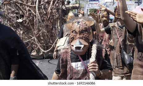 """Kuningan - Indonesia - 5 September 2019, Allegory Parade 521th Anniversary of Kuningan City, Photo here when Kuningan University carries the theme """"DRY"""" with natural costumes from dry branches etc."""