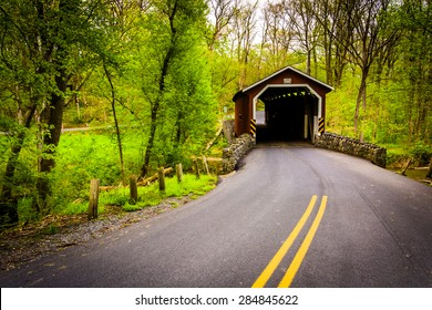Kurtz's Mill Covered Bridge in Lancaster County Central Park, Pennsylvania.