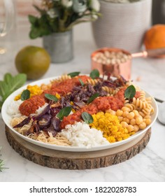 Kushari, egyptian meal made with beans, legumes, pasta and cereals