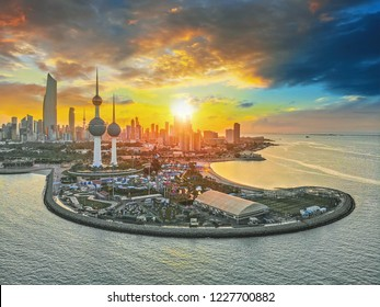 Kuwait City 11 11 2018: Beautiful Sunset in Kuwait City