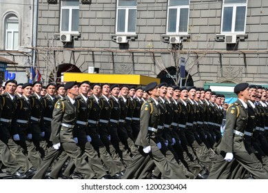 KYIV, UKRAINE - AUGUST 24 2018: Cadets of tank forces parade through the Ukrainian capital Kyiv during a celebration of Independence Day. KYIV, UKRAINE - AUGUST 24 2018.