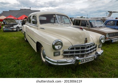 KYIV, UKRAINE MAY 29 2021: Old car land festival. GAZ-12 ZIM - a six-seater six-window long-wheelbase large sedan, mass-produced at the Gorky Automobile Plant from 1949 to 1959