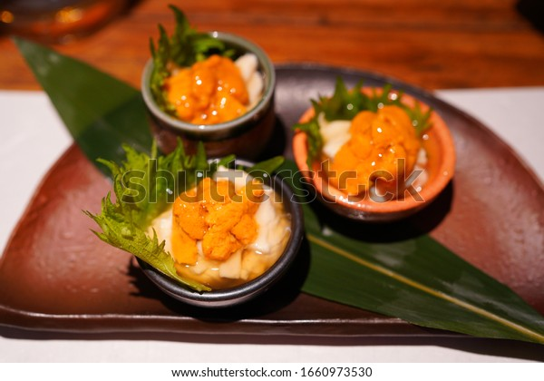 https://image.shutterstock.com/image-photo/kyoto-foods-restaurant-gion-600w-1660973530.jpg
