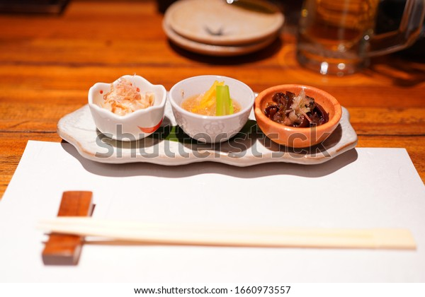 https://image.shutterstock.com/image-photo/kyoto-foods-restaurant-gion-600w-1660973557.jpg