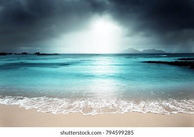 l 5500x3621 island beach dark sky storm