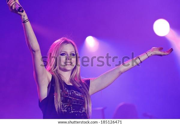 LA COURNEUVE, FRANCE - SEPTEMBER 16, 2011 : Canadian singer Avril Lavigne at the concert of Fete de l'hummanite at la Courneuve in France near Paris.