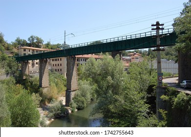 La Farga de en Bebie (Girona, Spain). 07/15/2007. Barcelona - Puigcerda railway bridge