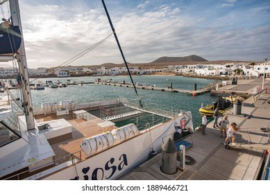 La Graciosa - October 2020 - Boats at the harbor in Caleta del Sebo, La Graciosa island