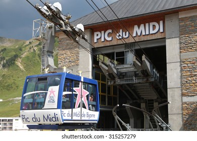 LA MONGIE, FRANCE, July 16, 2015 : Popular cable car access to the Pic du Midi de Bigorre (2872 m), on the summit of which is a 19th-century observatory.