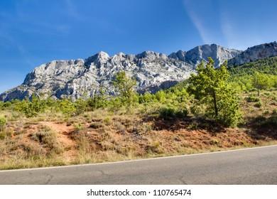 La Montaigne Ste. Victoire (Aix-en-Provence)