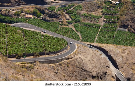 La Palma, Canary Islands, view from viewpoint Mirador el Time towards a loop in the road
