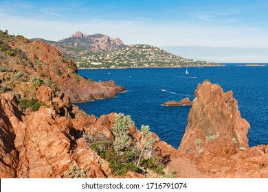 La Rade d'Agay viewed from Cap Dramont, the Hamlet of Saint-Raphaël located in the Massif de l'Esterel, in the Var and Alpes-Maritimes department, in the Provence-Alpes-Côte d'Azur region, France
