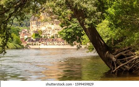 La Roque-Gageac village in France from Dordogne river, Nouvelle-Aquitaine, France