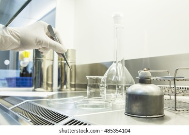 laboratory instrument in lamina flow for tissue culture class