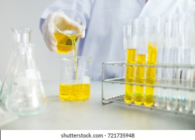Laboratory Experiment Images, Stock Photos & Vectors