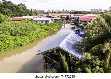 Labuan,Malaysia-Nov 2,2017:Aerial view of floating fishing village,Rancha Rancha Darat village at Labuan island,Malaysia.It's an attraction in Labuan island