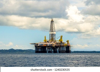Labuan,Malaysia-Sept 22,2018:View of oil rig drilling platform in Labuan island,Malaysia.It is a large structure with facilities to drill wells,to extract & process oil & natural gas.