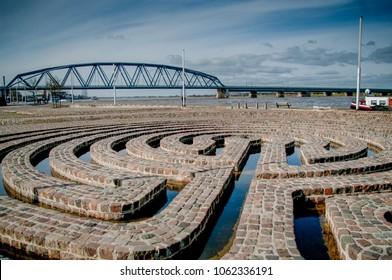 Labyrint waalkade Nijmegen