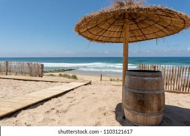 Lacanau (France), access to the central beach