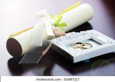 lace wedding rings petals