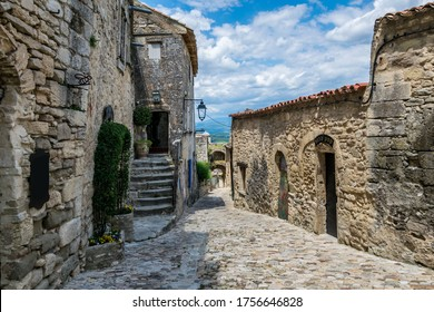 Lacoste, medieval village perched in the luberon in France.