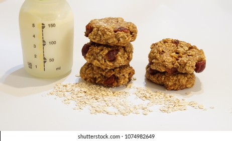 Lactation cookies with oats milk booster
