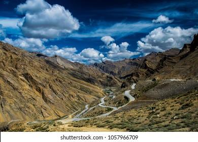 Ladakh Road Trip, Beautiful Road in Ladakh, Ladakh Tourism, Tourist spot in Ladakh, Kashmir, Roads With Clouds