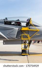 Ladder fighter aircraft on gripen