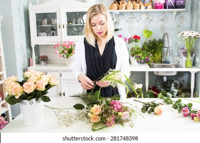 Lady is thinking through about her boquet