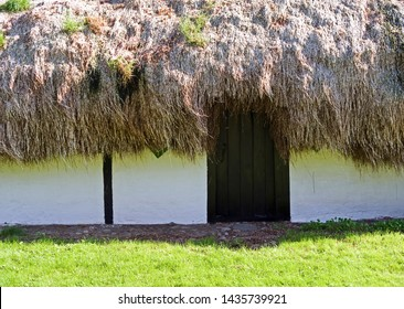 Laesoe / Denmark: The unique seaweed roofs on the Kattegat island are one of North Jutland's seven wonders