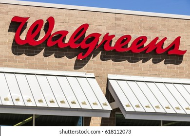 Lafayette - Circa April 2017: Walgreens Retail Location. Walgreens is an American Pharmaceutical Company XI