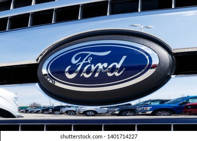 Lafayette - Circa April 2019: Local Ford Car and Truck Dealership. Ford sells products under the Lincoln and Motorcraft brands VII
