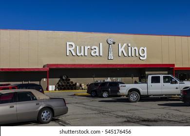 Lafayette - Circa December 2016: Rural King Retail Strip Mall Location. Rural King sells farm supplies and hunting gear I