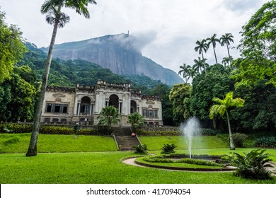 Lage Park mansion with Corcovado Mountain on the back, Tijuca Forest National Park, Rio de Janeiro, Brazil