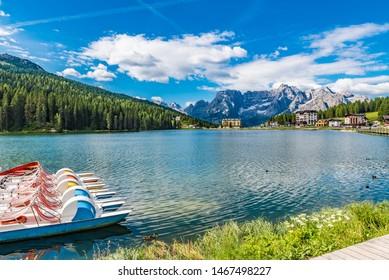 Lago di Misurina (Lake Misurina) in the Dolomites, Italy.