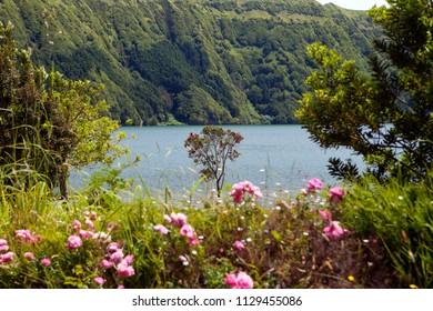 Lagoa das Sete Cidades, twin lakes in Sao Miguel, Azores