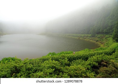 Lagoa Empadadas, Sao Miguel Island, Azores, Portugal