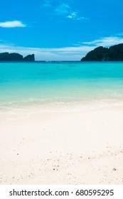 Lagoon Landscape Heavenly Blue