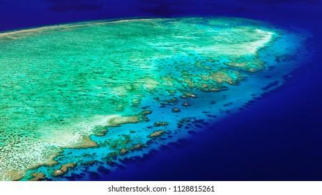 The lagoon of Lodestone Reef (Great Barrier Reef)