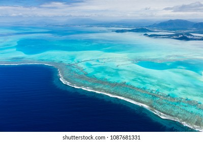 The lagoon of New Caledonia, the biggest in the world