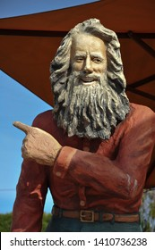 "LAGUNA BEACH, CALIFORNIA / USA - DECEMBER 24 2009: A statue of Danish vagabond Eiler Larsen, known as ""The Greeter"", who was a cultural icon, at ""The Old Pottery Place"" on Pacific Coast Highway."
