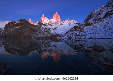 Laguna de los Tres at dawn, Los Glaciares National Park, Argentina