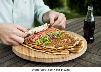 Lahmacun with Cola