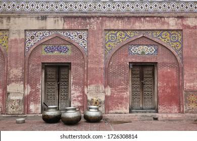 Lahore, Pakistan, 2007: side doors of the historical mosque of Wazir Khan