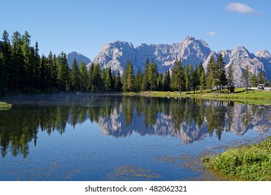 Lake Antorno with the reflection of the italian dolomites behind, italian alps