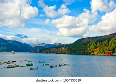 Lake Ashi and Mt. Fuji in Hakone, Kanagawa, Japan
