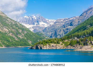 Lake of Ceresole, Gran Paradiso National Park, Piedmont, Italy