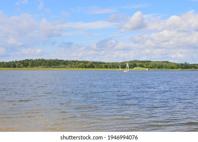 A lake in Franconia by sunshine and clouds